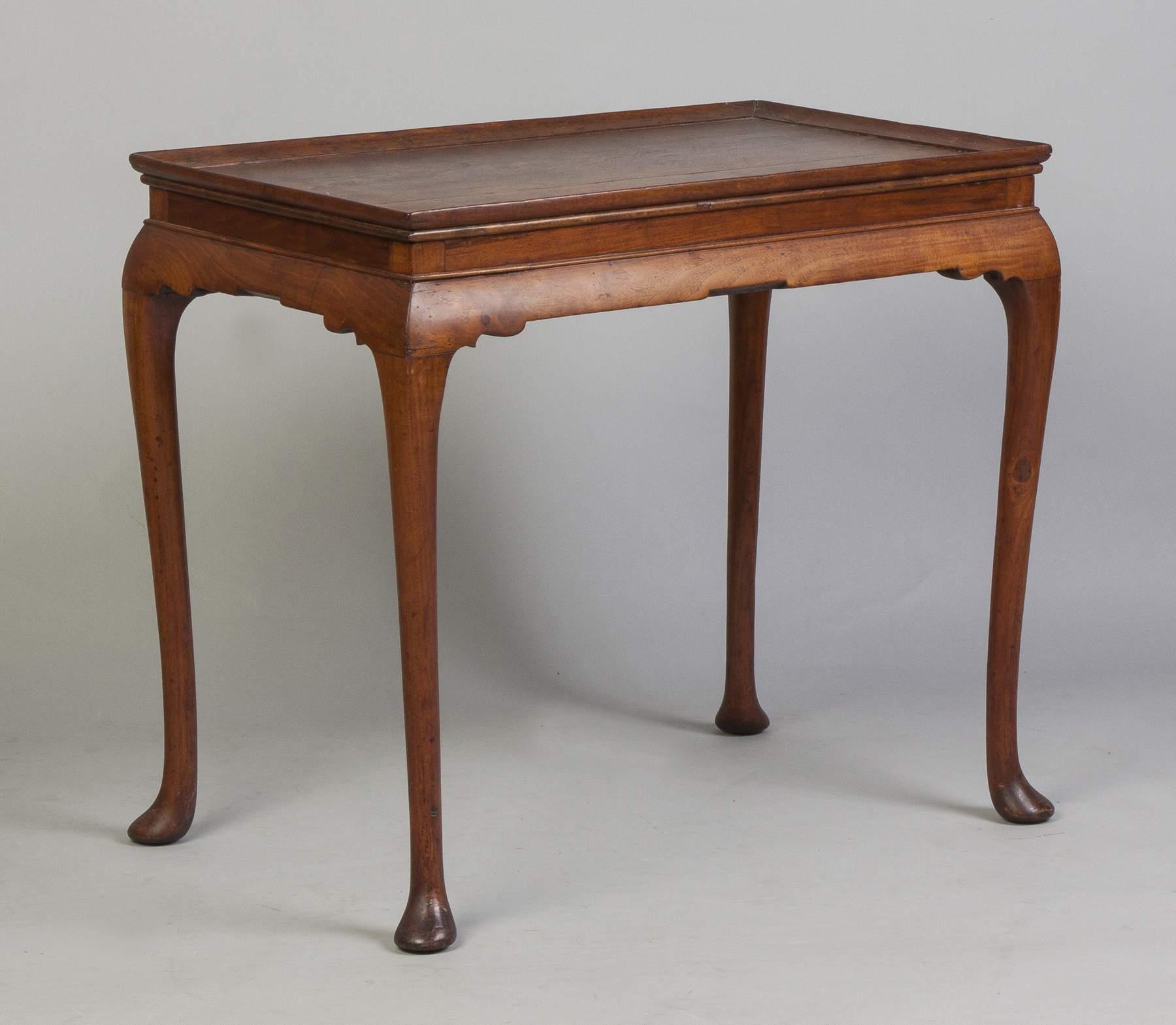 Virginia Queen Anne Tray Top Tea Table
