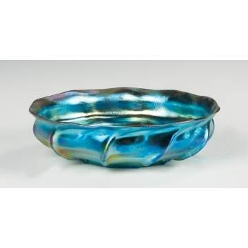 Tiffany Blue Iridescent Ribbed & Ruffled Bowl