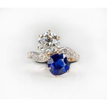 Kashmir Sapphire and Diamond Ladies Vintage Ring, Platinum and Gold Setting