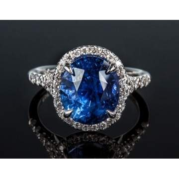 Sapphire & Diamond Ring in 18K Gold Setting
