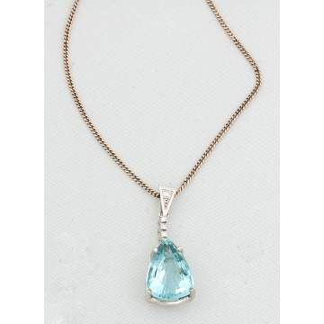 Pear Shaped Aqua Necklace with Five Small Diamonds