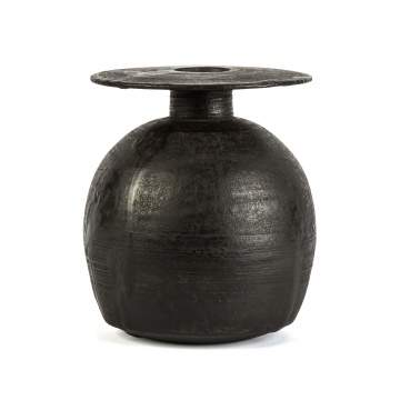 Hans Coper (English, 1920-1981) Black Spherical Pot with Disk Top