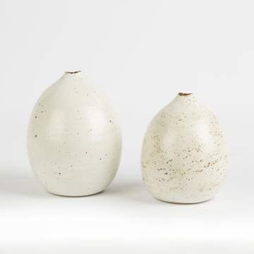 Joanna Constantinidis (American, 1927-2000) Two Speckled Round Pots