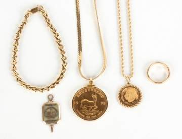 Group of Gold Necklaces, Bracelet & Pendants