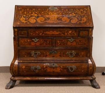 18th century Dutch Marquetry Inlaid Desk