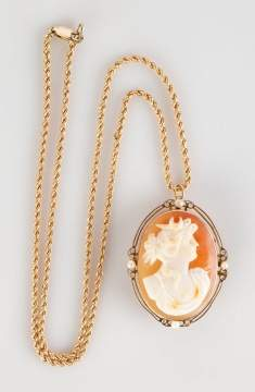 Gold Cameo With Pearls