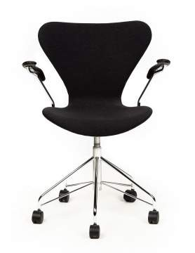 Arne Jacobsen (Danish, 1902-1971) Seven Office Chair, Model 3217