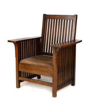 Arts and Crafts Oak Spindled Arm Chair