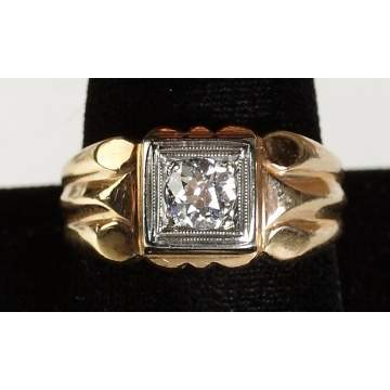 10k Yellow Gold & Diamond Man's Ring