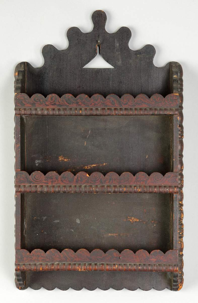 Unusual American Wall Shelf with Scalloped Borders