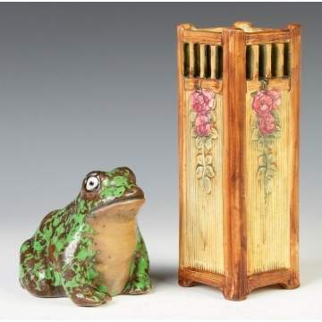 Weller Coppertone Frog & Vase