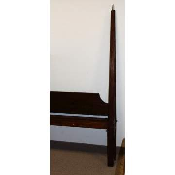 Single Pencil Post Canopy Bed