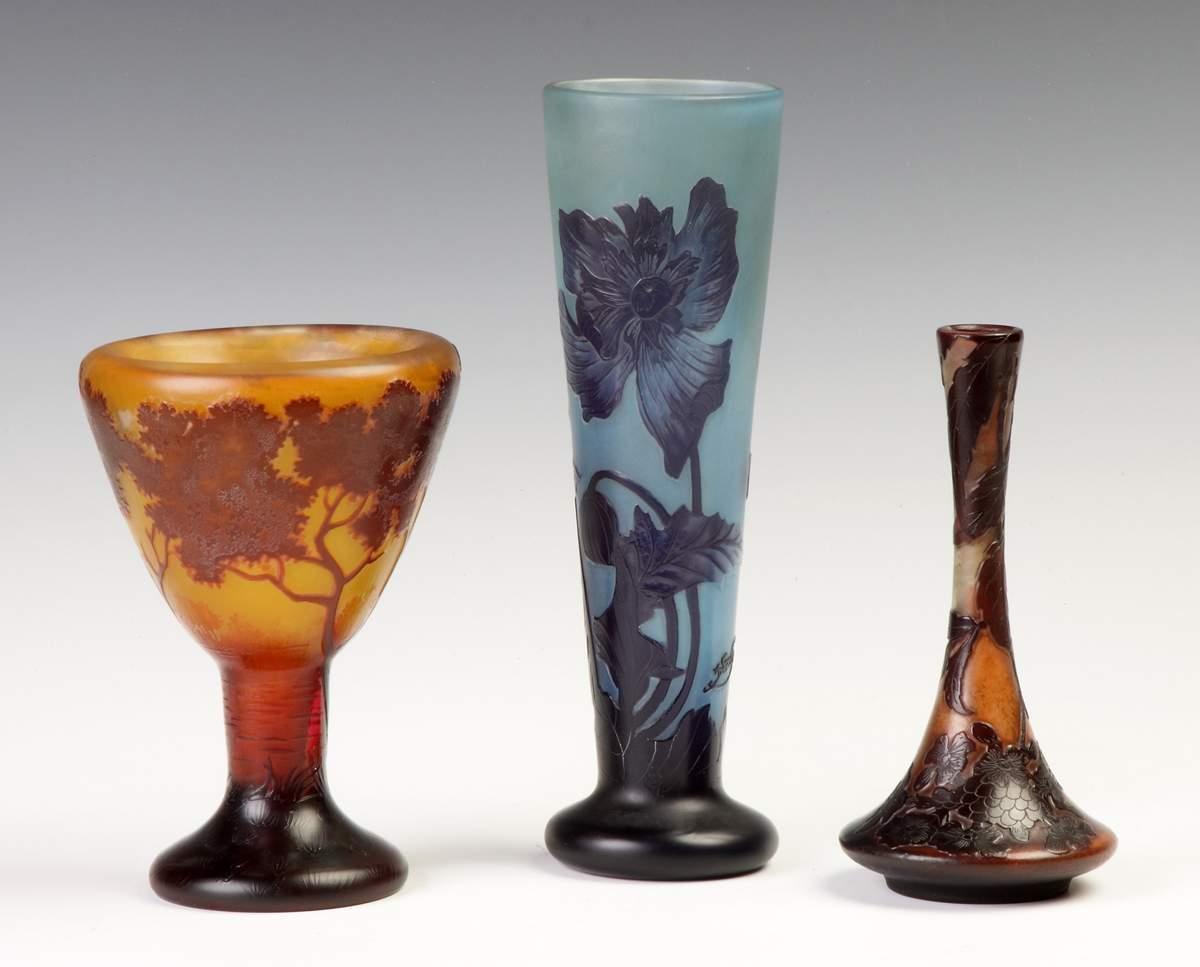 Galle Cameo Vase with Poppy