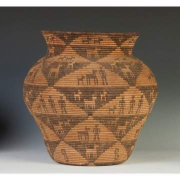 Apache Olla with Figures & Horses