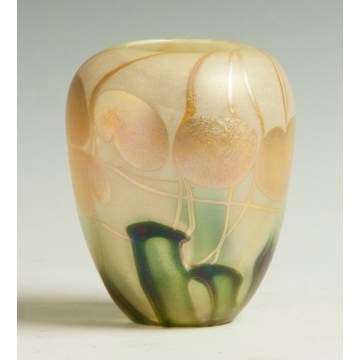 Quezal Vase with Lily Pads