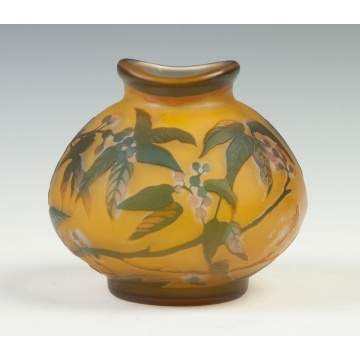 Galle Cameo Vase with Berries