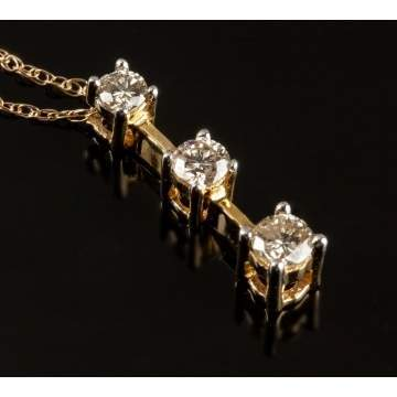 Ladies 14K Gold & Diamond Pendant