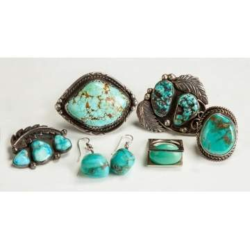 4 Navajo Turquoise & Silver Rings, 1 Pin & 2 Earrings